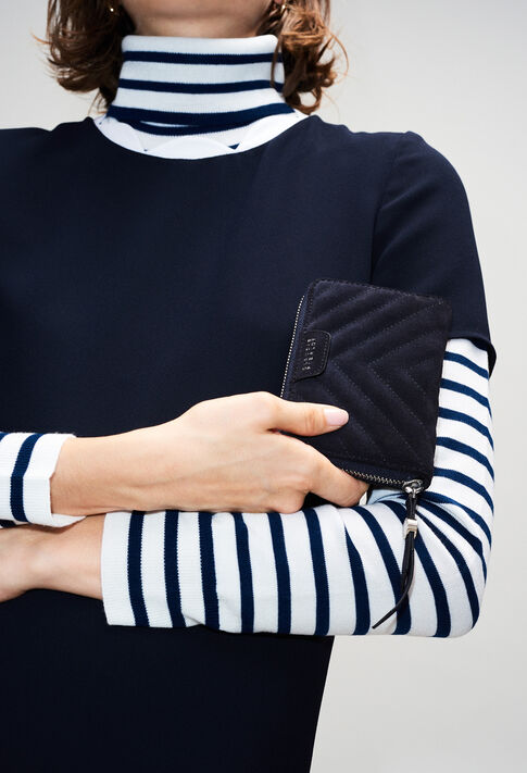 ANSWERQUILTSUEDEH19 : Bags & Leather Goods color Navy