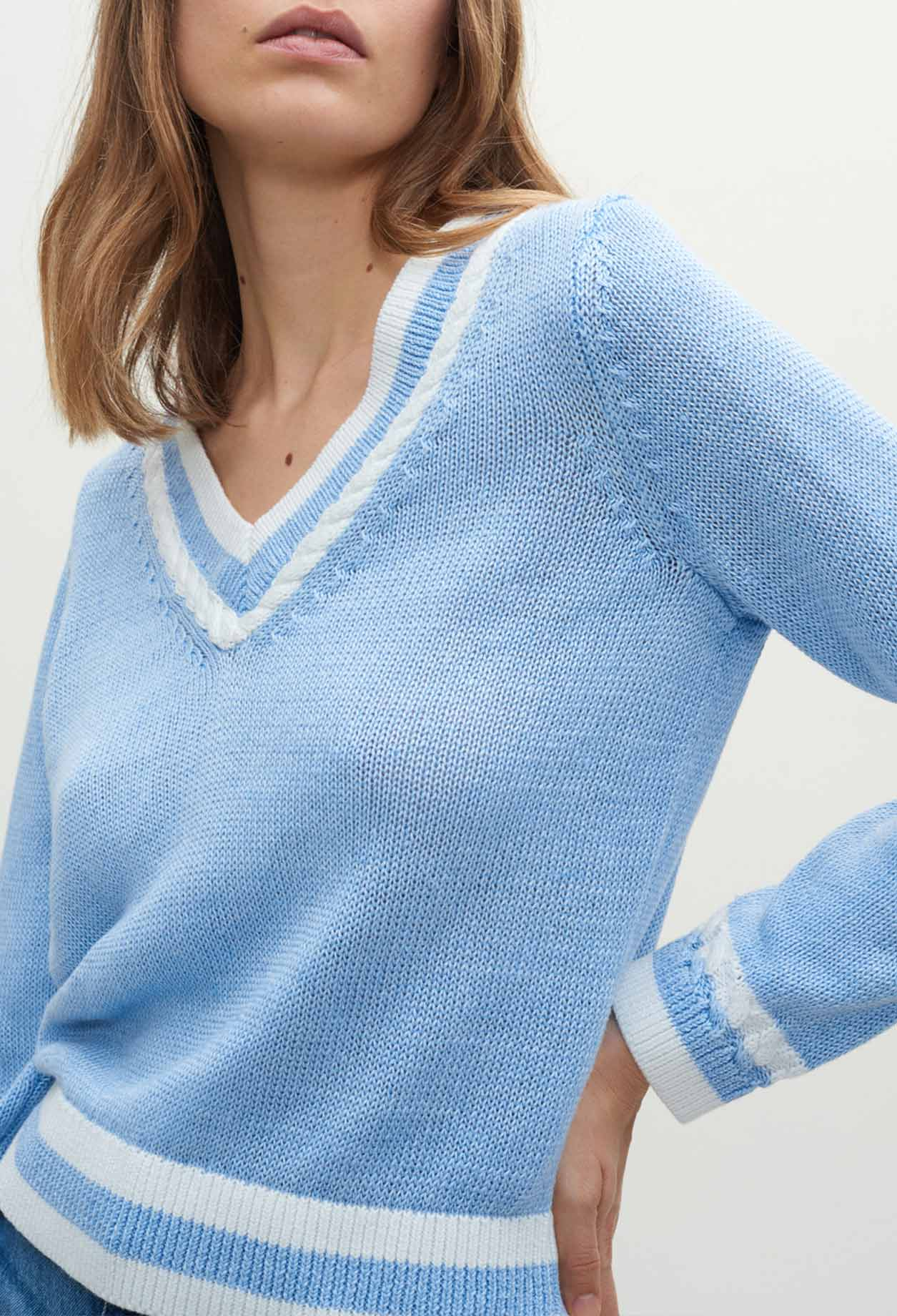 Sky blue linen jumper