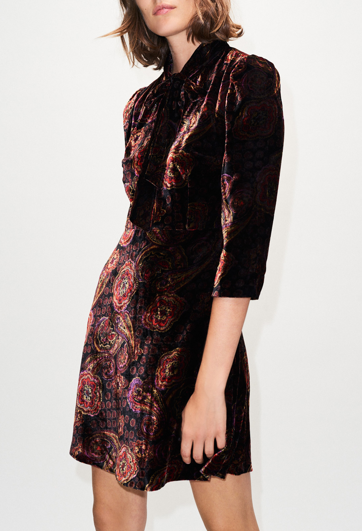 Velvet effect printed dress